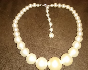 Vintage Graduated White Faux Pearls