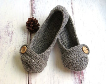 MADE TO ORDER Crochet House Slippers Grey Wool with Buttons Tab for Women Size 5, 6, 7, 8, 9, 10