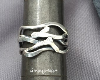 silver Kelp unisex wire ring size 7 1/4 ready to ship