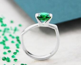 Emerald Ring, May Birthstone Ring, Silver Ring, Gemstone Ring, Solitaire Ring, Modern Ring, Silver Gemstone Ring, Geometric Ring, Green Ring