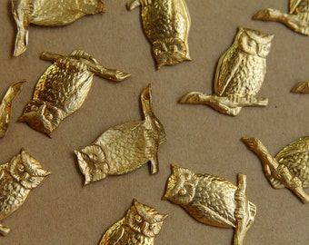2 pc. Raw Brass Perched Owls: 27mm by 21mm - made in USA | RB-403