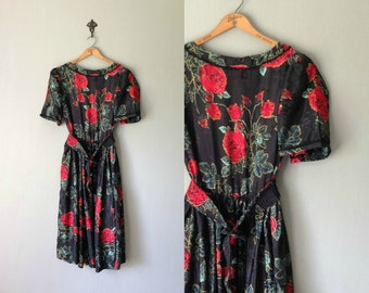 Vintage HANDMADE Dress • 1970s Clothing • Midi Calf Length Short Sleeve Shirtdress • Belted Black Red Rose Green Floral Print • Women Large