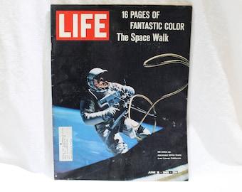 LIFE Magazine June 18, 1965 The Space Walk