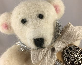 Shabby Chic Polar Bear