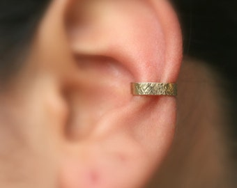 Ear Cuff - Conch Cuff - Ear Wrap - Ear Band - 14K Yellow Gold Filled - 3.5mm Wide Ear Cuff - Non Pierced - Fake Conch Piercing - Cuffs