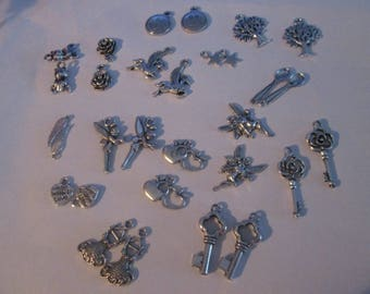set of 30 charms 15 different patterns # G