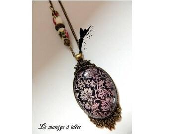 Pendant, Bronze, Cabochon, Chic Black Metal, Vintage necklace.