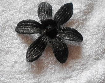 Black Glitter Fabric Daisy Flower Brooch Pin