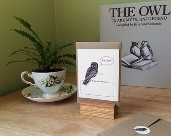 Owl book plate stickers. Ex Libris owl bookplates, set of 17 plus envelope. Personalized custom printing option. Gift for readers.
