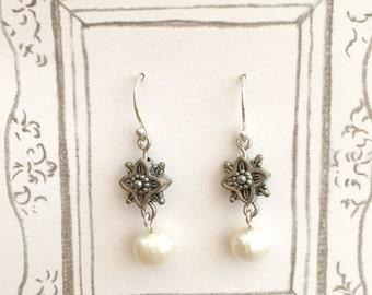 Fresh Water Pearl Dangling Earrings, Bridesmaid Earrings, Wedding Earrings, Pearl Earrings, Wedding Gift, Elegant Earrings, Christmas Gift