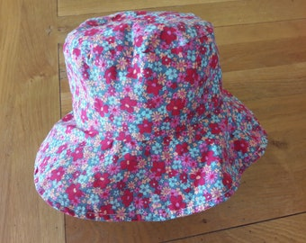 Pretty little girl cotton summer hat.