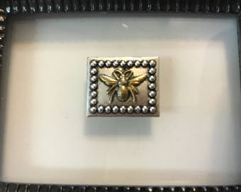 Gold Bee Needle Minder