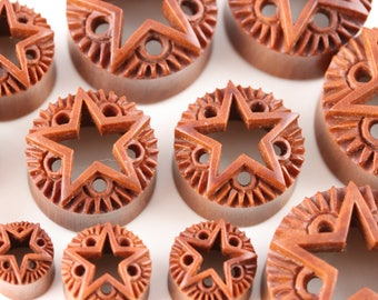 Rock Star Carved Wood Tunnels - Carved Wooden Star Plugs - PA66