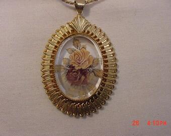 Vintage Aubrey Roses Pendant Necklace  18 - 427