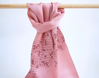 Scarf made with Japanese kimono silk, pink silk with sakura cherry blossom patterns, scarf made with Japanese obiage
