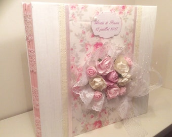"""""""Bridal bouquet"""" romantic wedding guest book white and pink"""