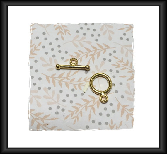 Gold 11 mm Toggle Clasp