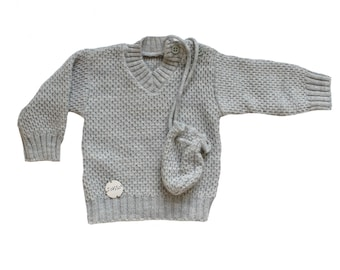 FRENCH VINTAGE 70's / baby sweater + mini bag / light grey colour / NOS / size 6 months