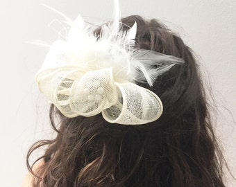 Ivory Fascinator- Bridal Headpiece- Ivory Feather Wedding Headpiece