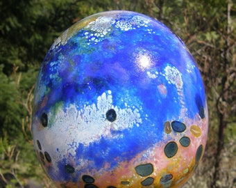 Glassballoon garden art, handblown glass