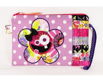 Crazy Flower Wristlet, Crazy Flower big pouch, Crazy Flower handbag, Crazy Flower school kit, patchwork pouch, patchwork school kit