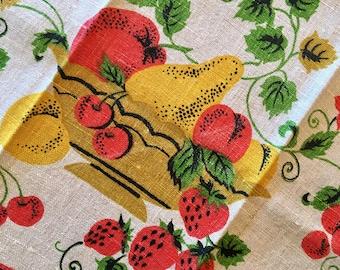 Vintage Linen Towel - Fruit Basket Linen - Drying Towel - Apples Cherries