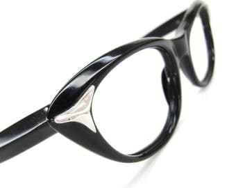 Vintage Eyewear 60s Cat Eye Eyeglasses Frame with Silver Accents