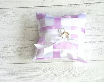 Lavender ring holder, ring bearer pillow, wedding ring pillow, wedding accessories, ring bearer, ring pillow, ring holder