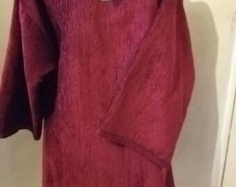 Red Tunic - USED- LARP essentials