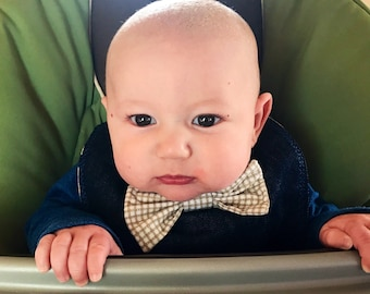 Dapper dude bib! Reversible bib with magnetic closure and bow tie! Perfect for a special, or really any, occasion!