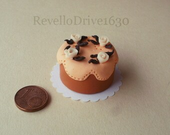 Apricot cake with roses, dollhouse miniature 1/12