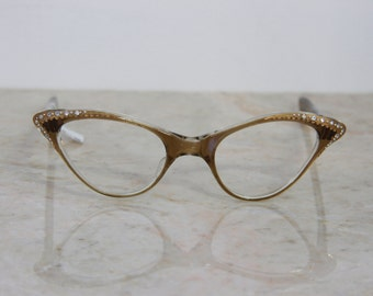 VINTAGE 1960's Women's New Old Stock Brown Smoke Jeweled Cat Eye Glasses Frame France