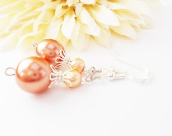 Peach Pearl Earrings Bridesmaids Gift, Handmade Gift for Mom, Spring Wedding Jewelry Clip On, Peach Bridal Jewelry Beaded Dangle Earrings