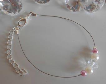 Wedding bracelet white pearls, antique roses and rhinestones