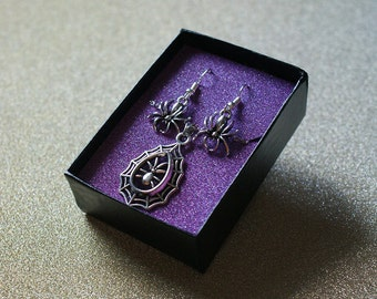 Spider and Spider Web Earring & Necklace Set / Halloween Earring and Necklace Set / Spider Earrings / Spider Web Necklace