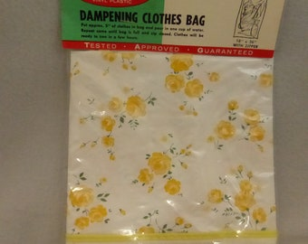 Vintage Mid Century Vinyl Plastic Clothes Dampening Bag New in Package