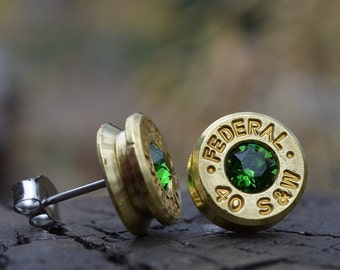 Boucles d'oreilles puce stud ou par la poste, laiton/or fédérale.40 S & W avec des cristaux de Swarovski