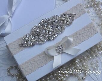 Ivory Wedding Garter - Ivory bridal garter,  wedding garter, wedding garter, garter belt,  crystal garter, pearl garter, keepsake garter