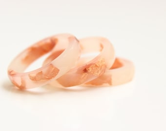 Resin Ring Melon - resin ring, faceted stacking ring with copper flakes inside,flakes gewelry