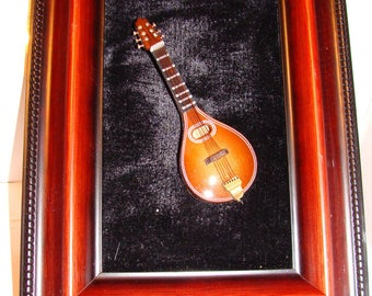 Magnet Mandolin, Musical Instrument, 4 Inches, No Sound, For Art Purposes