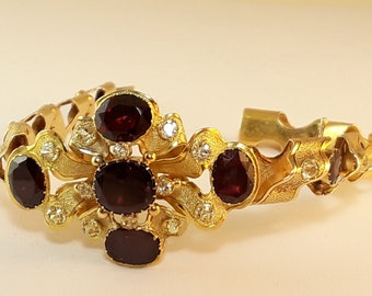Intricate Victorian Articulated Bracelet 18K Yellow Gold with 12 Garnets and 21 Sapphires