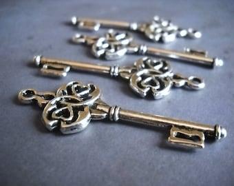50 Skeleton Keys Antiqued Silver Key Charms Pendants Ornate 45mm Bulk Skeleton Keys Wedding Keys Wholesale