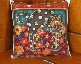 Pretty Kitty Pillow - Retro Cat Pillow