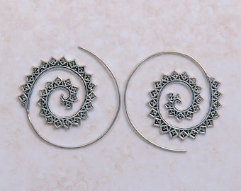 Spiked spiral earrings