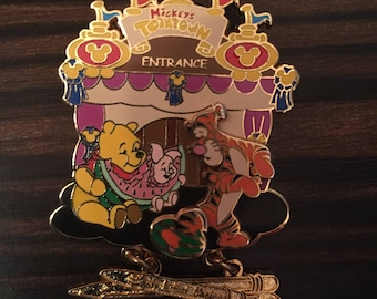 Disney Pin - Mickey's Toontown Of Pin Trading Event - Pooh Picnic - Le1000