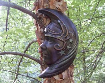 Crescent Moon Goddess, Moon Goddess Plaque, Lunar Goddess Decor, Moon Wall Plaque, Moon Goddess Statue, Moon Wall Hanging, Celestial Decor,