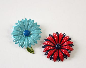 large vintage enamel flower pin set, enamel daisy brooches, aqua blue and red and blue polka dots