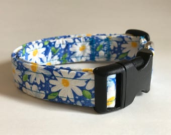 Daisies and dots on blue dog collar - you choose the size