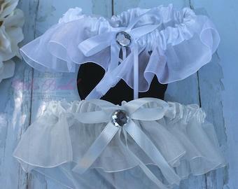 FAST Shipping!!!!  Beautiful Wedding Garter, Bridal Garter, Garter, Rhinestones Garter