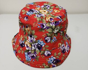 Red flower bucket hat